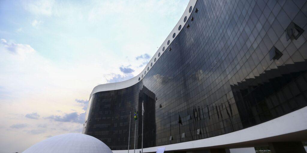 TSE anula decisão que tornava governador do Amapá inelegível