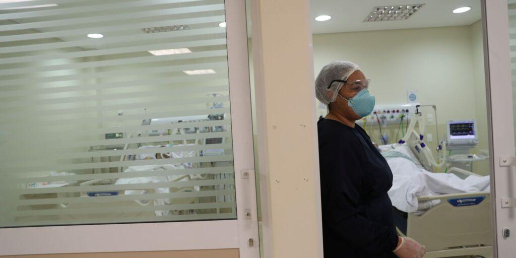 Brasil registra 627 mortes e 27,5 mil infecções em 24h