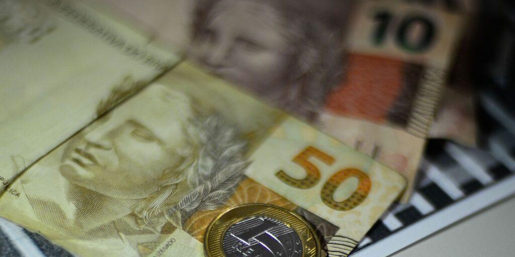 Governo Central tem déficit primário de R$ 9,9 bilhões em agosto