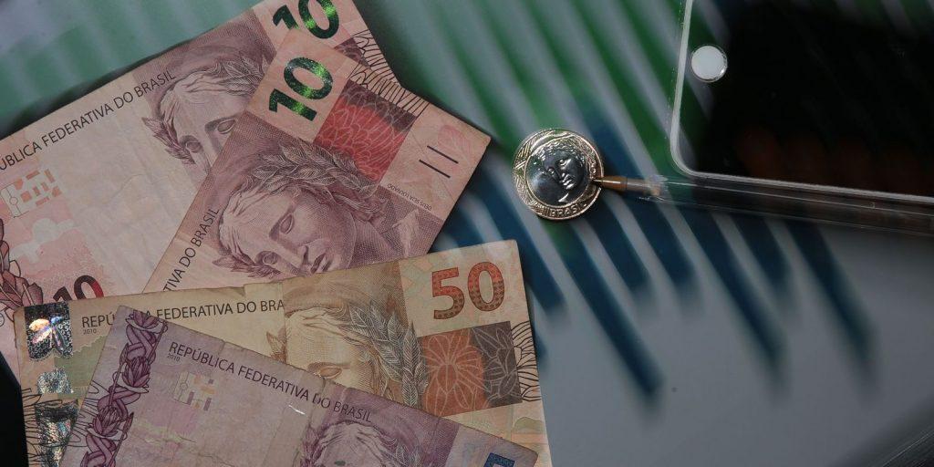 Começam a valer novas alíquotas do IOF  Agência Brasil
