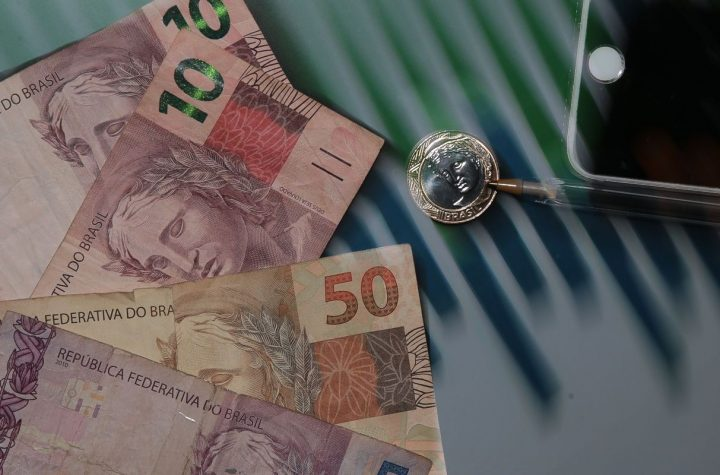 Começam a valer novas alíquotas do IOF| Agência Brasil