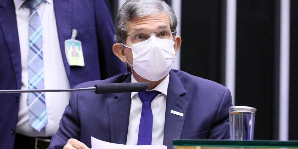 Petrobras é responsável só por R$ 2 do preço da gasolina, diz estatal