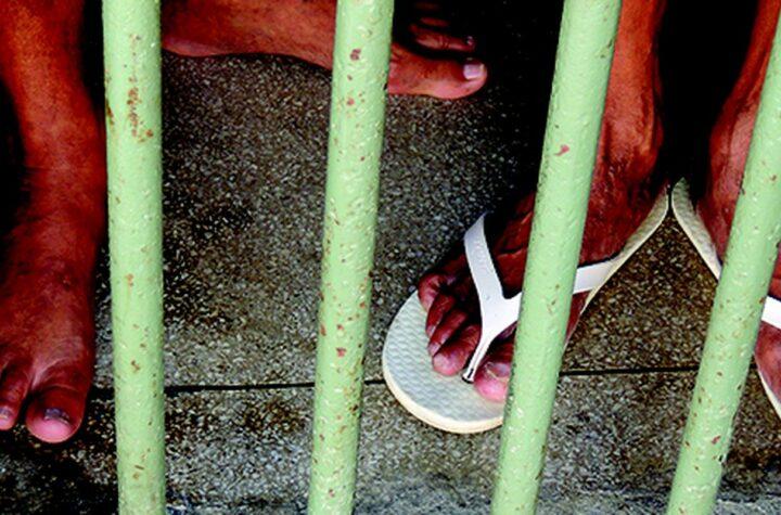 egressos da prisão enfrentam barreiras na garantia de direitos