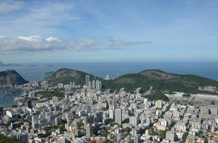 Covid-19: Rio autoriza eventos com pessoas testadas e sem máscaras