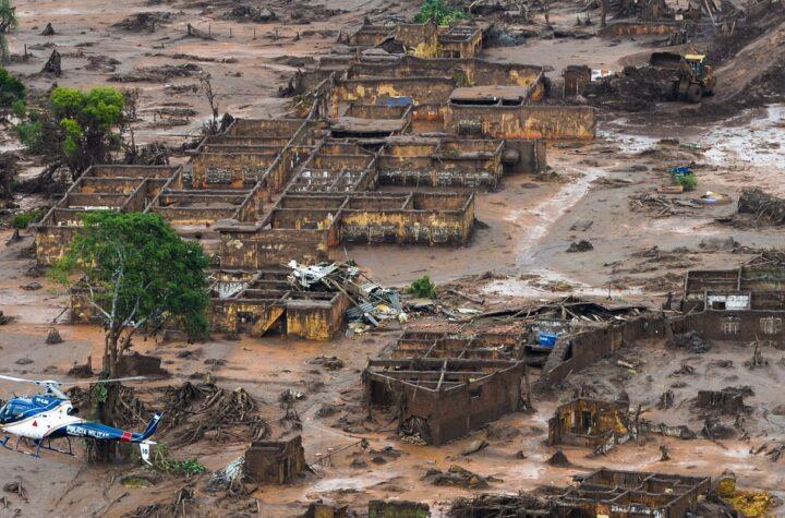 ES e MG querem novo acordo por danos após rompimento de barragem